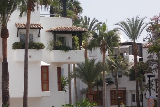 Property for Sale in Marbella Golden Mile: Apartments, Villas, Townhouses