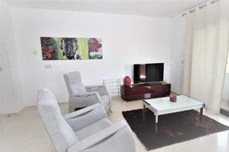 Apartment in Residencial Palacio de Congresos, Marbella Golden Mile, Marbella