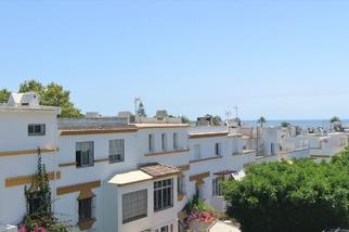 Townhouse in Marbellamar, Marbella Golden Mile, Marbella