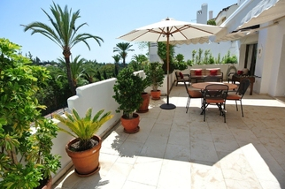 Apartment in El Ancon Sierra, Marbella Golden Mile, Marbella