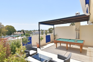 Penthouse in Lorcrimar, Nueva Andalucia, Marbella
