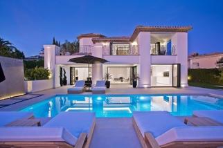 Villa in Supermanzana F, Nueva Andalucia, Marbella