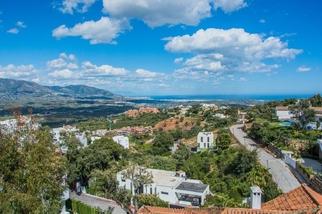 Plot for sale in La Mairena, Costa del Sol, Málaga
