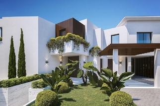 Villa for sale in El Paraiso, Costa del Sol, Málaga
