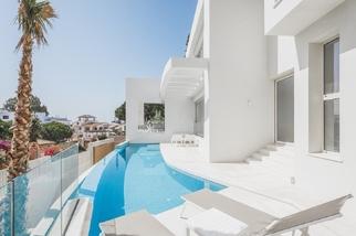Villa for sale in Puerto Banús, Costa del Sol, Málaga