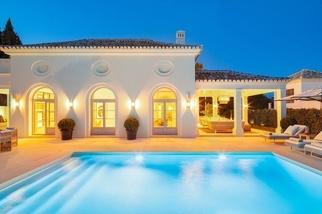 Villa for sale in Nagüeles, Costa del Sol, Málaga