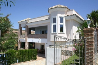 Villa for sale in Benahavís, Costa del Sol, Málaga