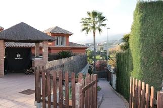 Villa for sale in Santa Clara, Costa del Sol, Málaga